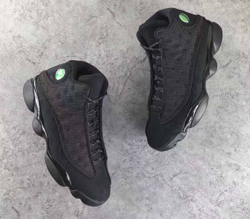 air-jordan-13-retro-black-cat-2