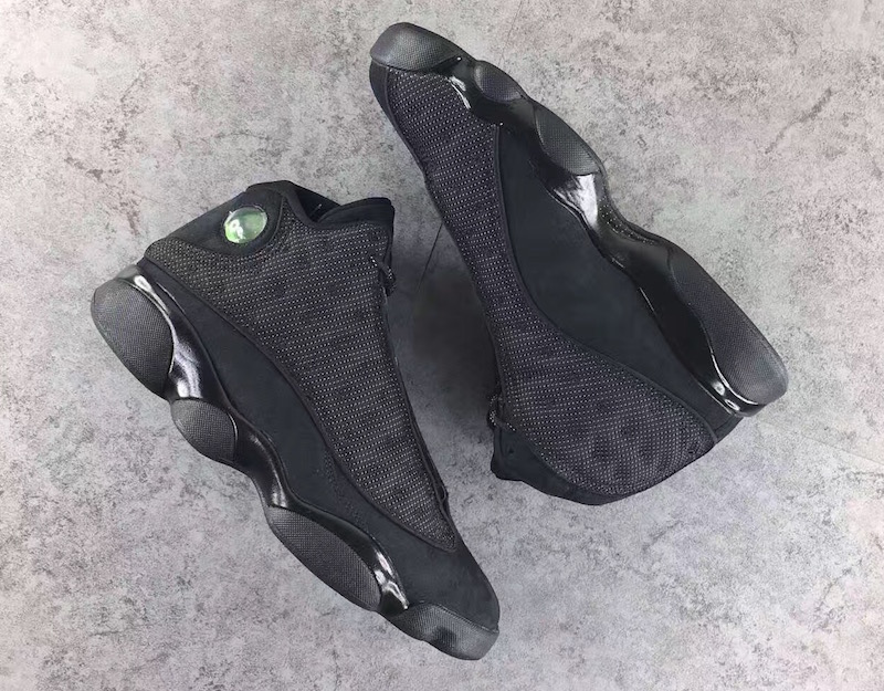 air-jordan-13-retro-black-cat-4