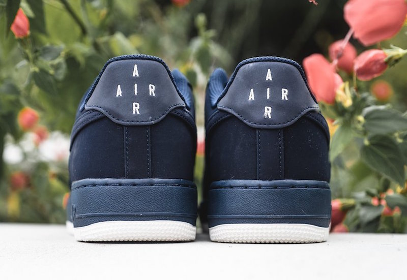 nike-air-force-1-low-obsidian-4