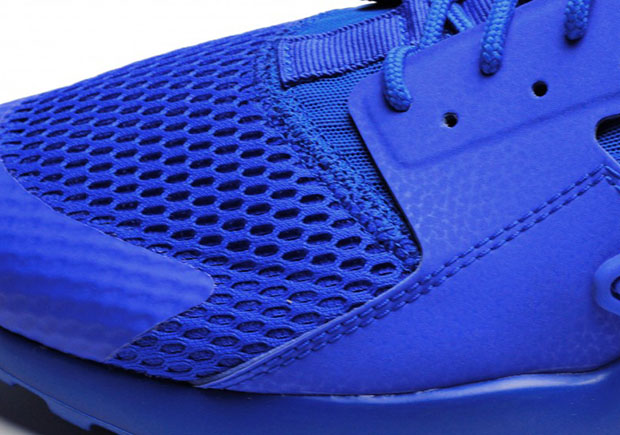 nike-air-huarache-run-ultra-racer-blue-2