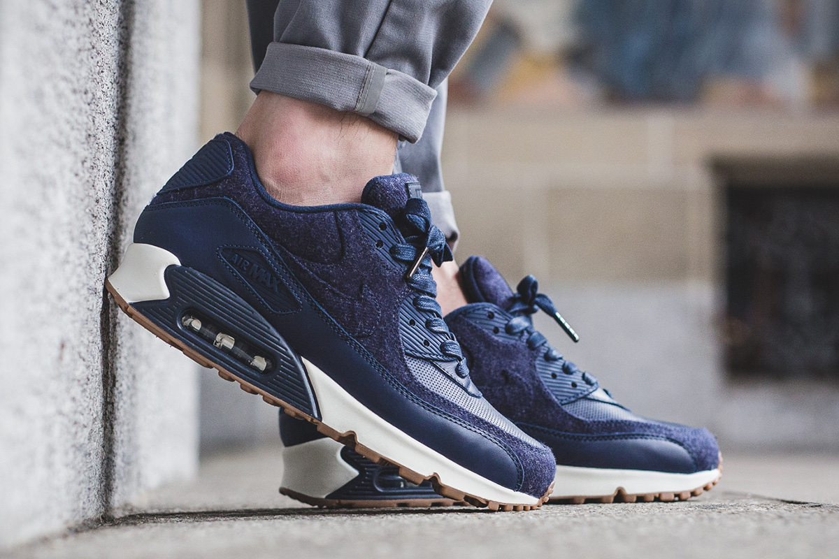 nike-air-max-90-premium-midnight-navy-1