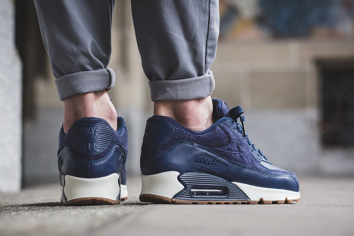 nike-air-max-90-premium-midnight-navy-3