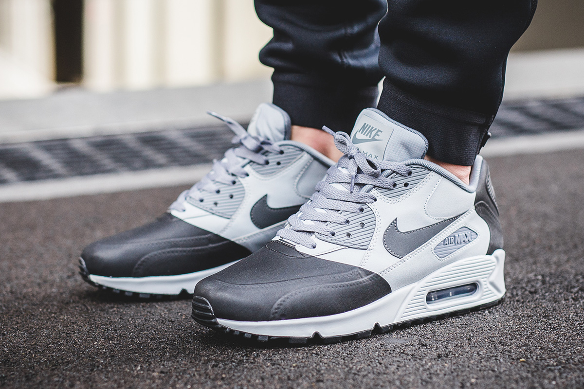 nike air max 90 white on feet Brompton Cookery School