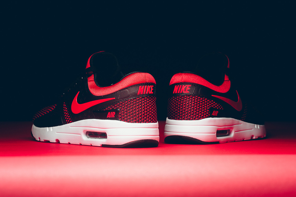 nike-air-max-zero-essential-university-red-5