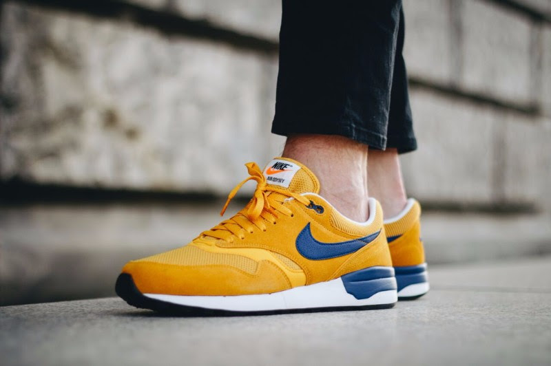 nike-air-odyssey-gold-leaf-2
