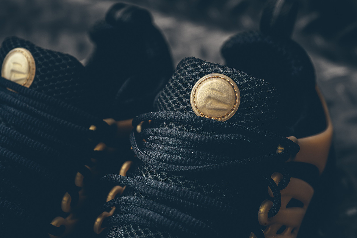 nike-air-presto-essential-black-gold-4
