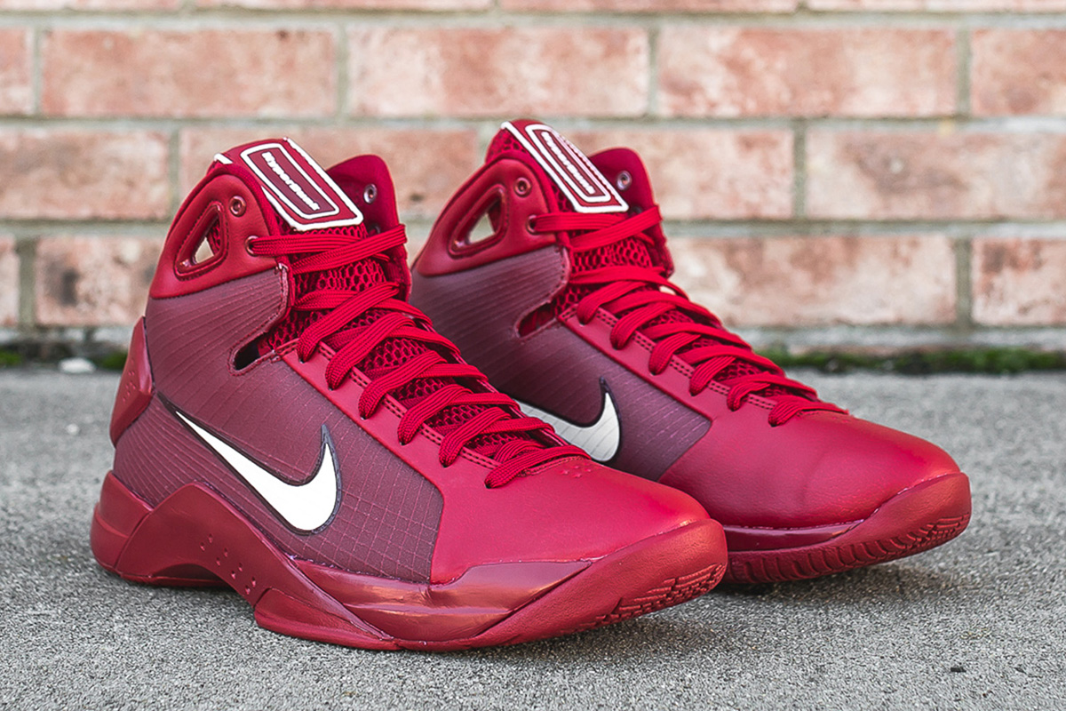 nike-hyperdunk-08-gym-red-2