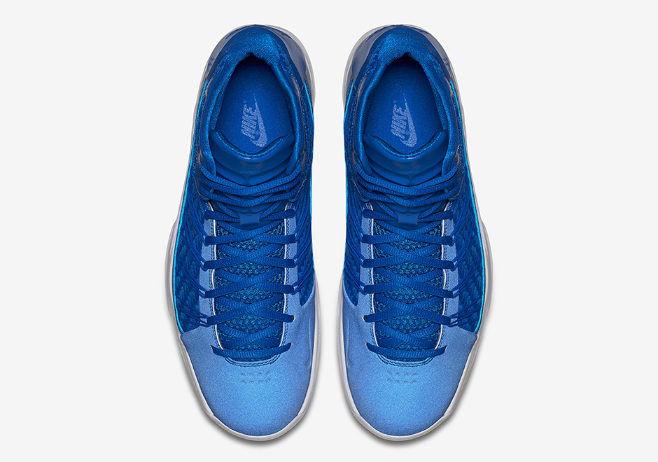nike-hyperdunk-lux-royal-blue-4