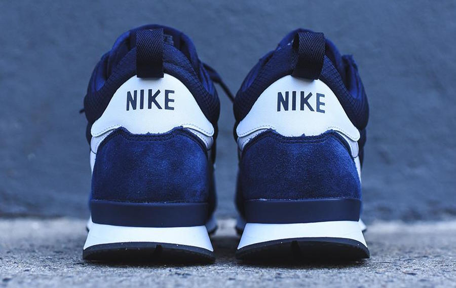 nike-internationalist-mid-navy-3