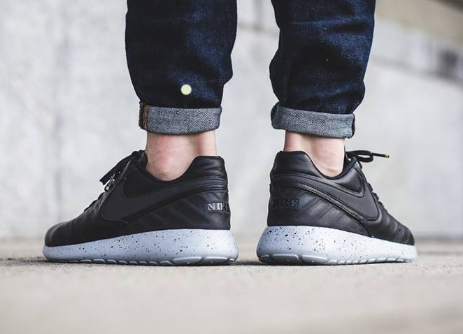 nike-roshe-tiempo-vi-black-leather-3