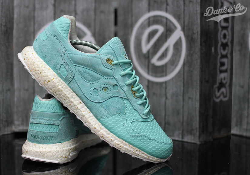 saucony-shadow-5000-righteous-one-2