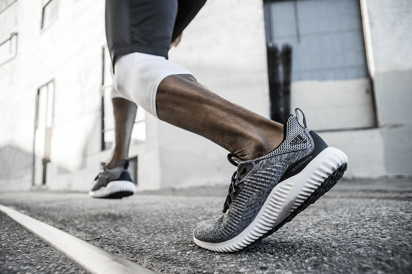 adida-alphabounce-engineered-mesh_03