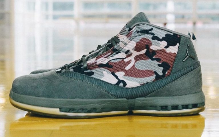 air-jordan-16-veterans-day-pe-3-768x483