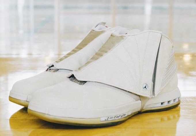 air-jordan-16-veterans-day-pe-5-681x473