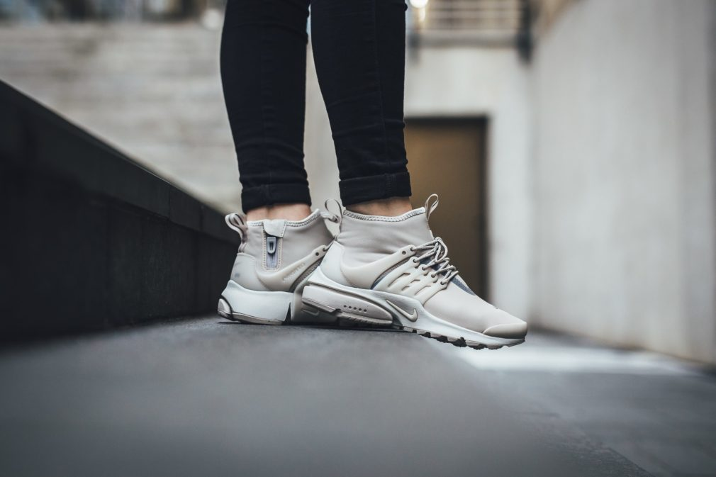 nike-air-presto-mid-light-bone_03