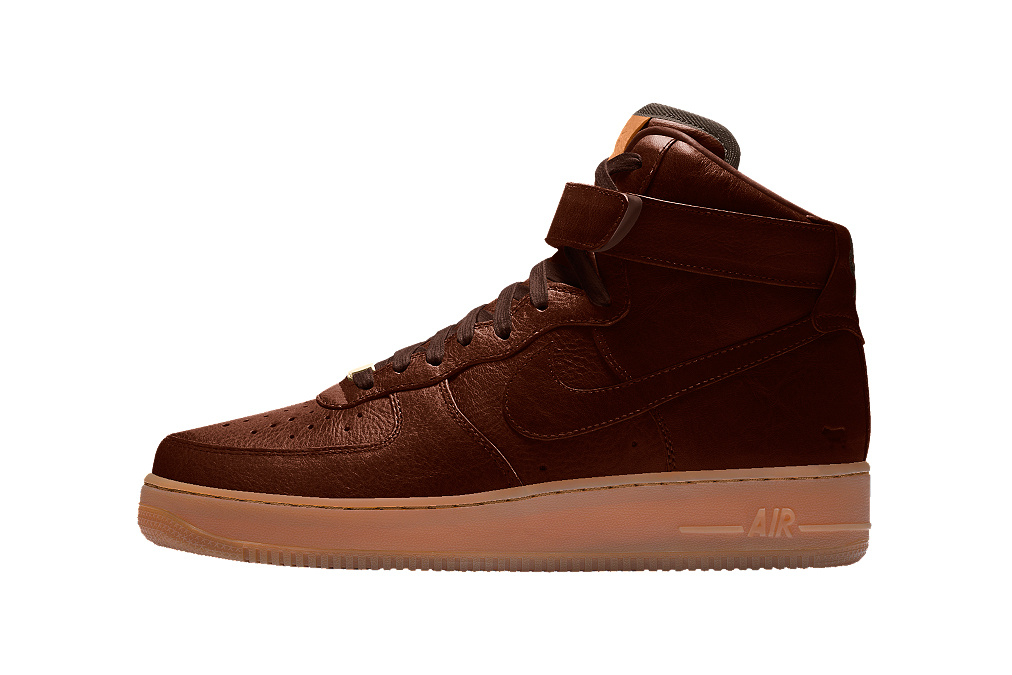 will-leather-goods-x-nikeid-retro-2