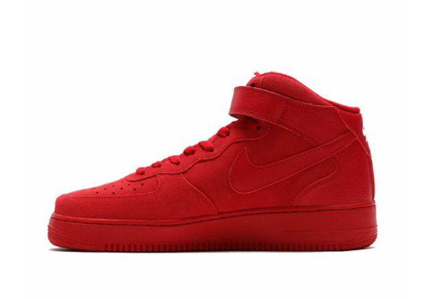 nike-air-force-1-mid-gym-red-3