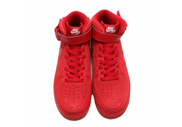 nike-air-force-1-mid-gym-red-4