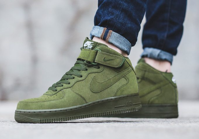Nike Air Force 1 Mid verde