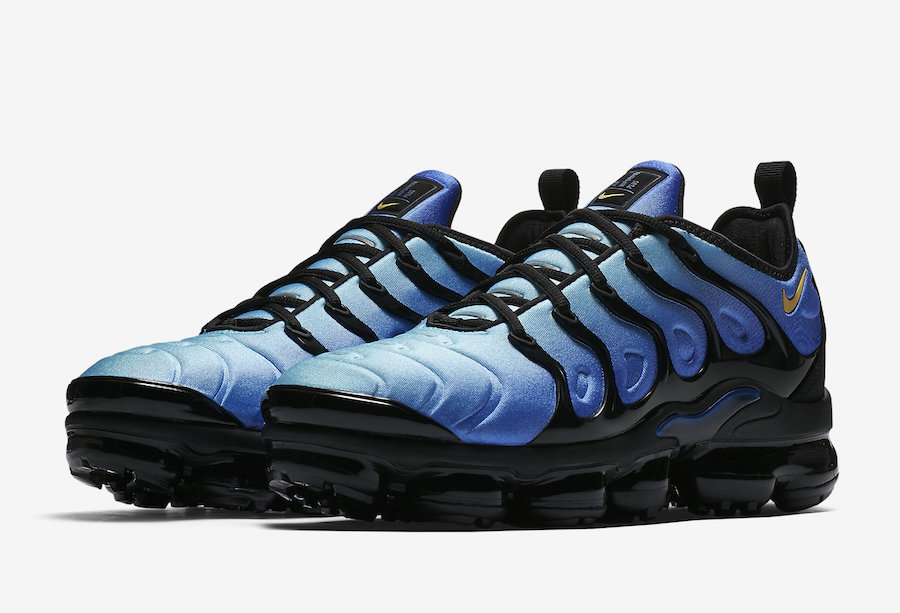 Nike Air VaporMax Plus Color: Black/Hyper Blue Style Code: 924453-008. Release  Date: April 26, 2018. Price: $190