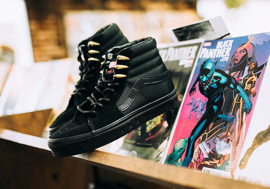 "795946e8226273 The latest ""Avengers"" Pack is now available at select Vans retailers such  as Rock City Kicks."