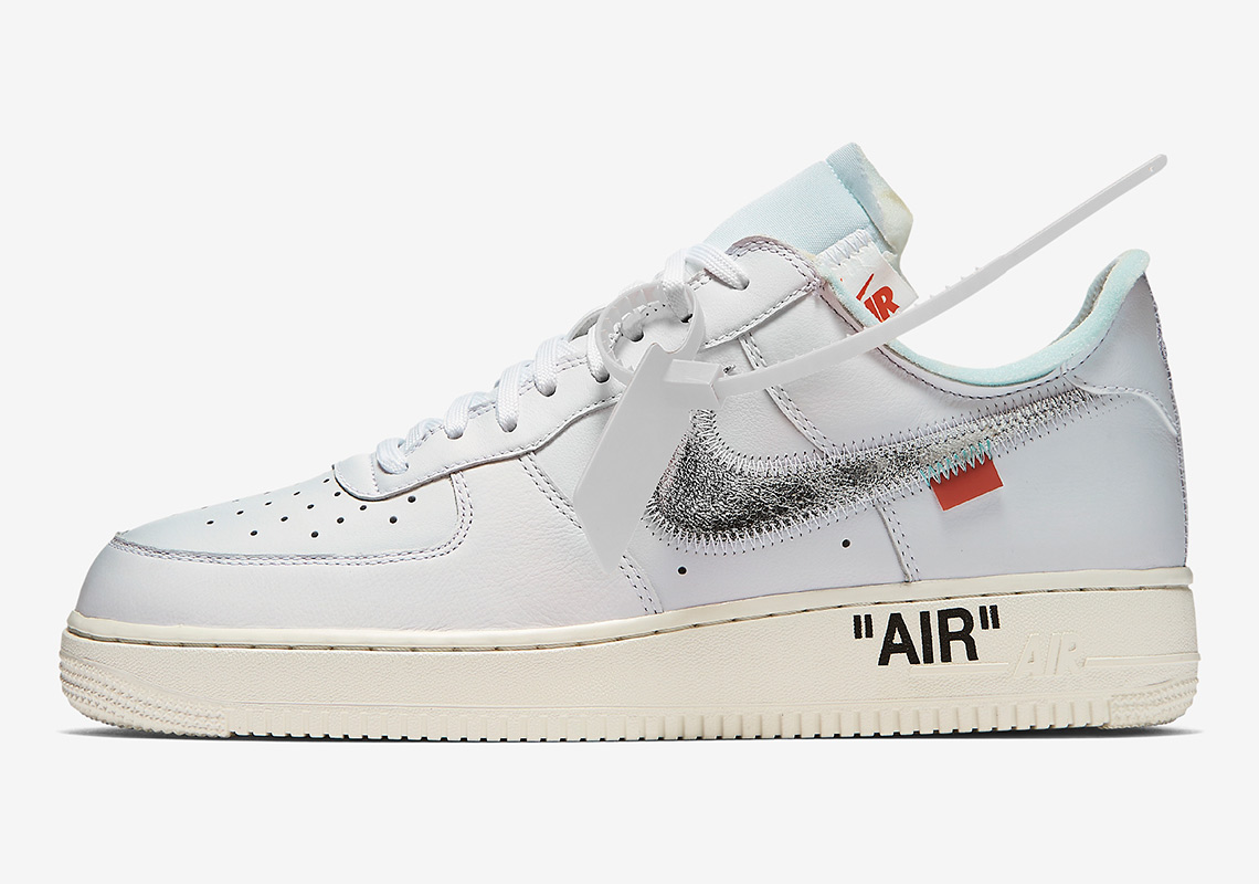 info for 02b80 9f439 Nike Sportswear will be bringing back the Off White x Air Force 1 that was  originally released at Complex Con. The White  Metallic Silver colorway  was ...