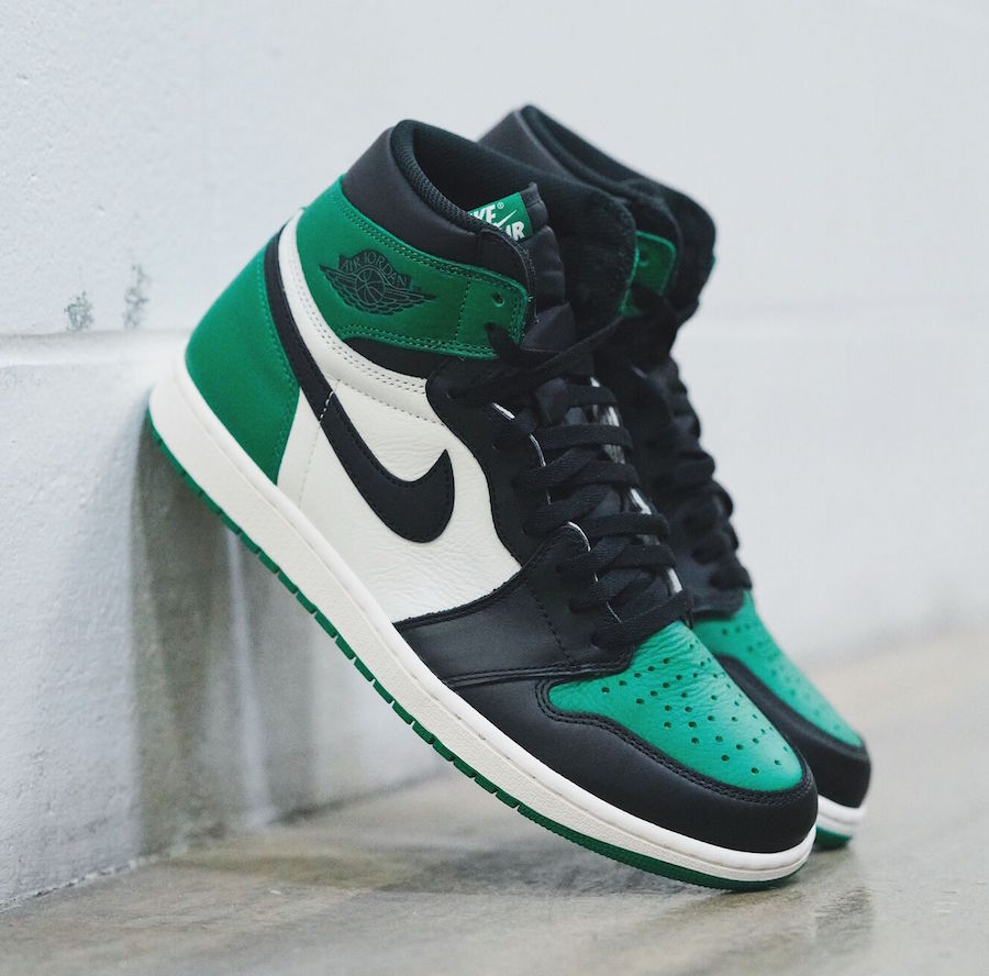 "7ede922fa0aa Jordan Brand expands their Air Jordan 1 ""Black Toe"" lineup with a new ""Pine  Green"" color way for Fall 2018."