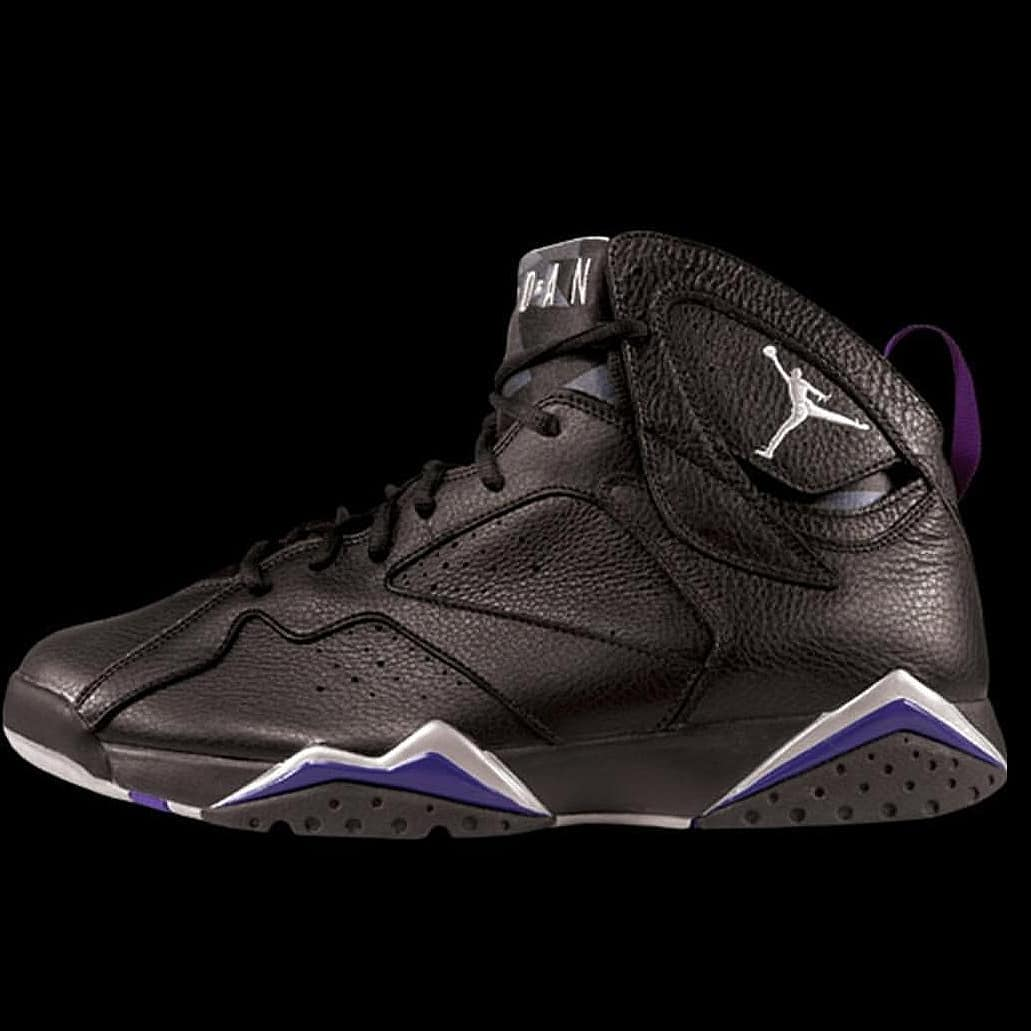 best service 46202 7ae32 Ray Allen's Air Jordan 7 Bucks UpcomingRelease and History