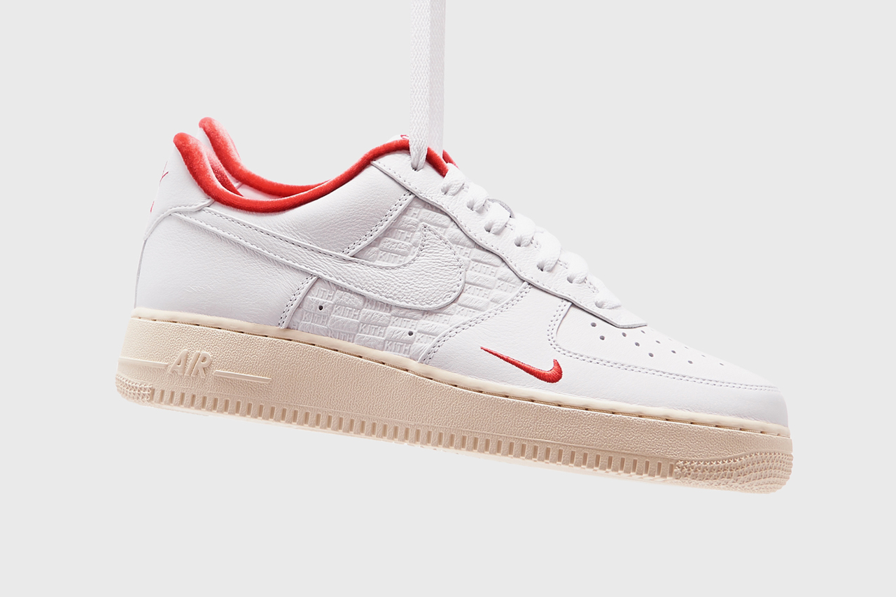 Ligeramente Broma papel  The KITH x Nike Air Force 1